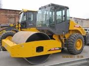 Грунтовый дорожный каток  XCMG XS142J вес 14тн.