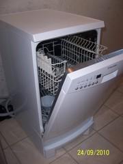 Посудомоечная машинка Электролюкс