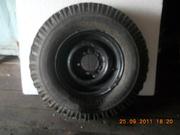 продаю два колеса на УАЗ шипы   оба за 5300  руб. экспл. один сезон