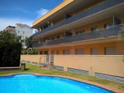 Недорогие квартиры нового комплекса с бассейном на побережье в Испании